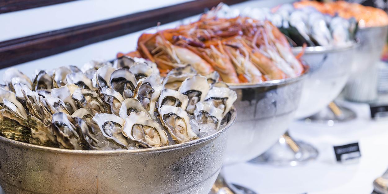 Seafood Bar of River Café & Terrace at The Peninsula Bangkok