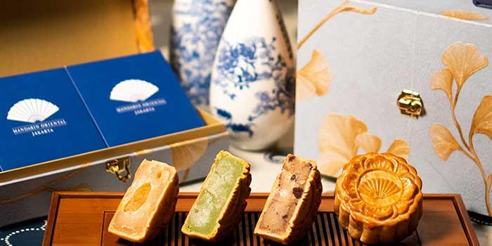 Mooncake Delights at Li Feng (Mandarin Oriental Jakarta)