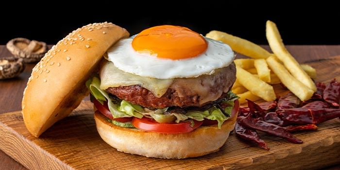 Beef Burger  from 1927 at SO Sofitel Singapore in Raffles Place, Singapore