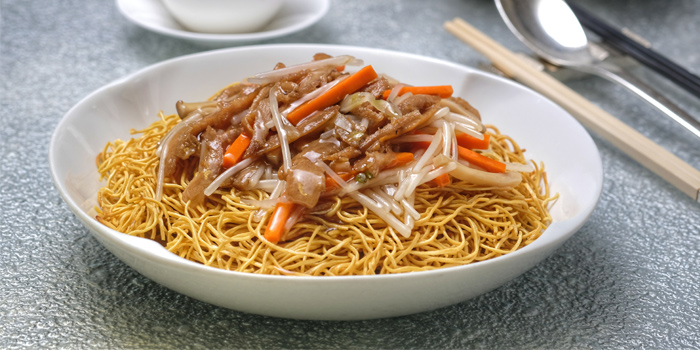 Fried Crispy Noodle with Omni Pork Strip, Chinese Amaranth, Steamed, Ming Court, Mongkok, Hong Kong