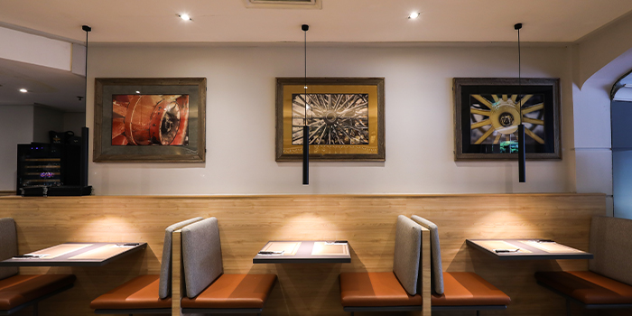Interior of Black Angus Steakhouse at Orchard Rendezvous Hotel in Orchard, Singapore
