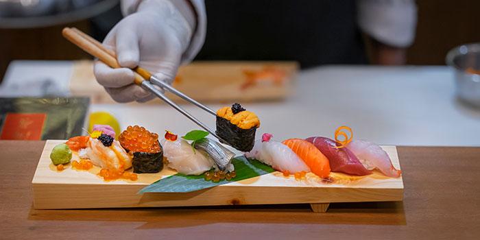 Sushi at NO NA MA Japanese & Thai Restaurant