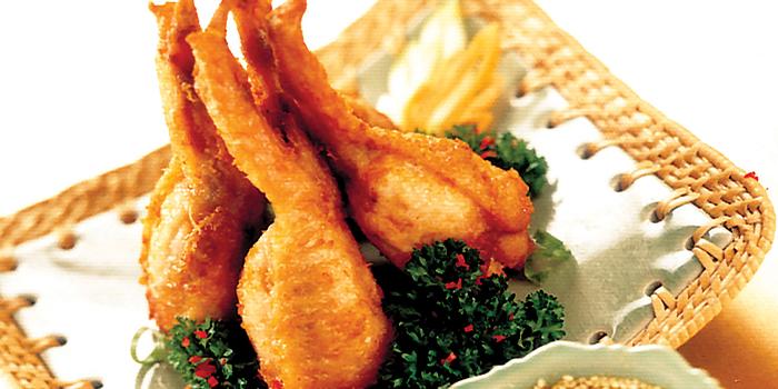 Boneless Chicken Wing from Bali Thai (Waterway Point) at Waterway Point in Punggol, Singapore