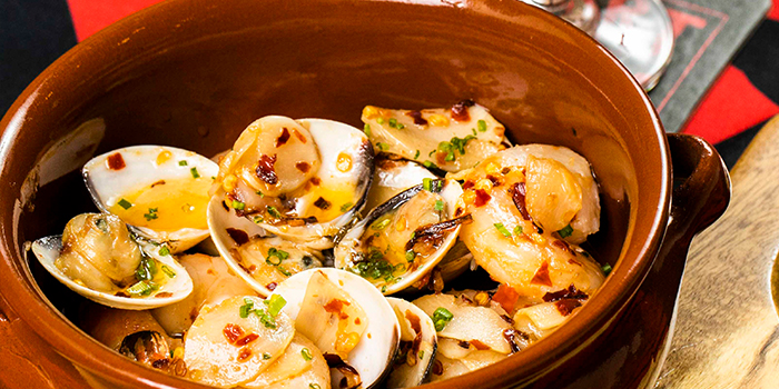 Clams & Brawns from Heart of Darkness in Outram, Singapore