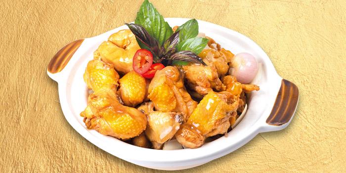 07 ThreeCups Chicken Claypot, Mall Café, Tsim Sha Tsui, Hong Kong