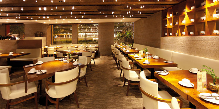 11 Dining Area Night, Mall Café, Tsim Sha Tsui, Hong Kong