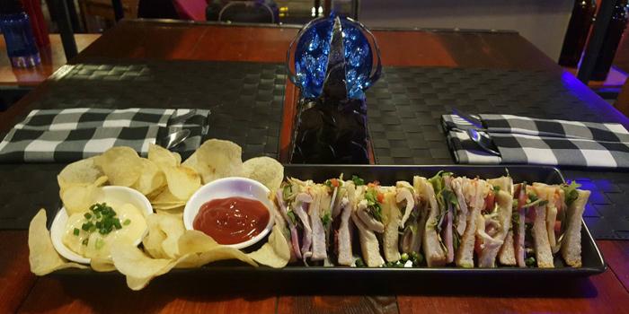 Main Dishes from Fork & Cork Bar & Restaurant at W22 Hotel 422 Mittraphan Rd., Pomprap, Pomprapsattruphai Bangkok