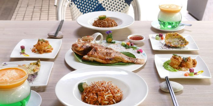 Alfresco Dining from Long Beach @ Robertson Quay at The Quayside in Robertson Quay, Singapore
