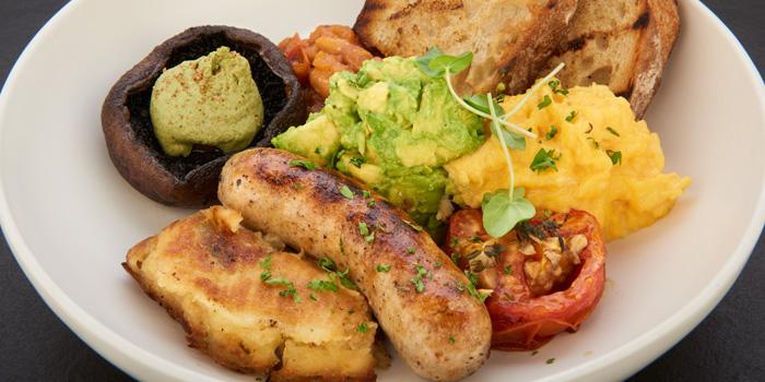 Market Breakfast from D
