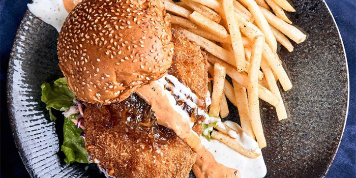 Crispy Fish Burger from Canteen Bistro at SMU School of Information System in Dhoby Ghaut, Singapore