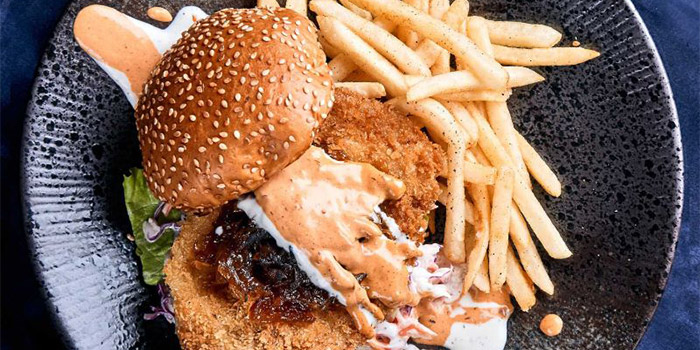 Crispy Chicken Burger from Canteen Bistro at SMU School of Information System in Dhoby Ghaut, Singapore