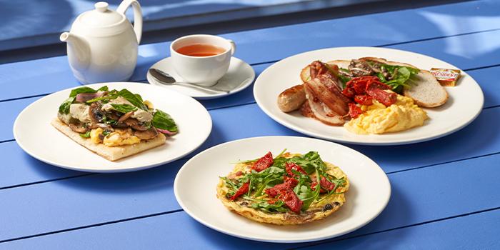 Coastes Breakfast, Bacon Mushroom Fritata and Artichoke Spinach on Turkish Flat Bread from Coastes in Sentosa, Singapore