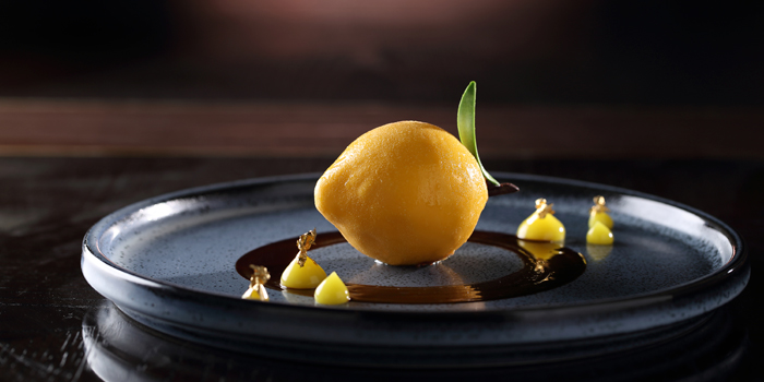 Whole Lemon' White Chocolate Cream with Lemon Gel, Sunset Grill, Tung Chung, Hong Kong