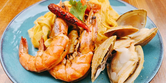 Seafood Egg Pasta from Pratunam Market Place and Bar at Sunshine Plaza in Bugis, Singapore