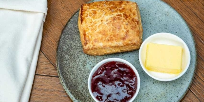 Buttermilk Biscuits at Pantja