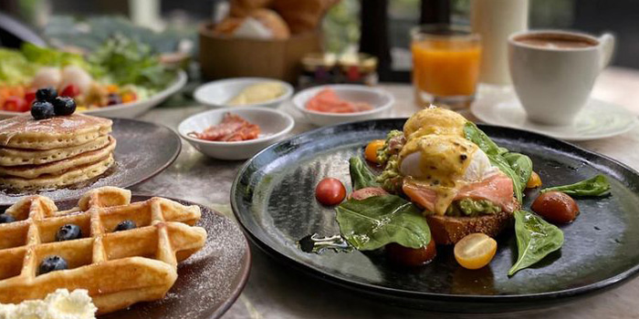 Breakfast from Rain Tree cafe at The Athenee Hotel, A Luxury Collection Hotel 61 Wireless Road, Lumpini, Pathumwan Bangkok