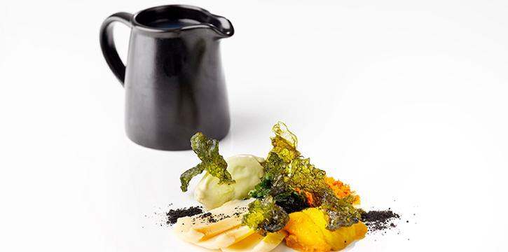Soup of Hokkaido Sea Urchin, Abalone, Sakura Ebi Crumbles, Asari Gelato & Seaweed from il Cielo at Hilton Singapore in Orchard, Singapore