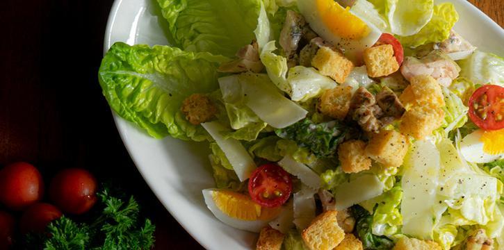 Salad at Robot & Co